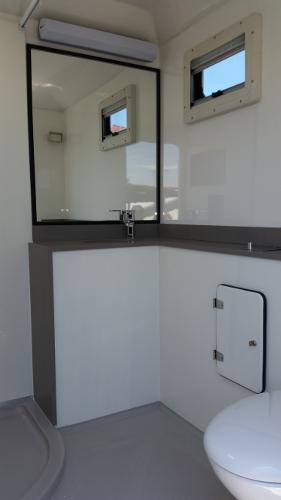 WOSHBOX Portable Bathroom Hire Australia